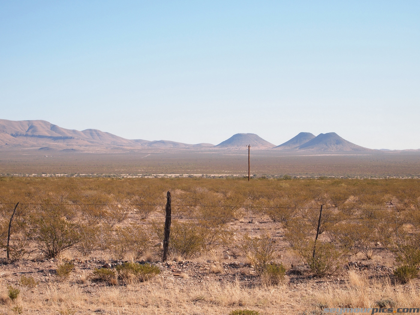 seymourpics-wallpaper-west-texas-volcanoes_1400px.jpg